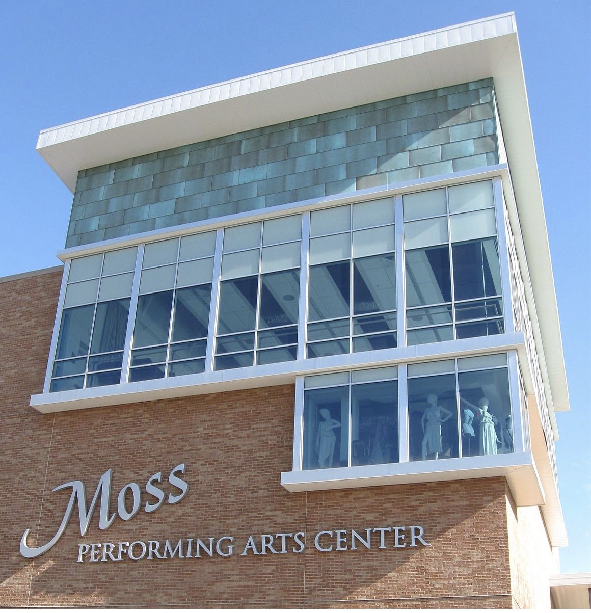 Moss Performing Arts Center